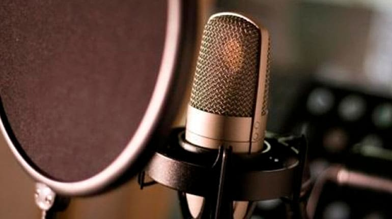 i-will-provide-professional--bengali,-bangla-voice-over-for-you-in-high-quality.
